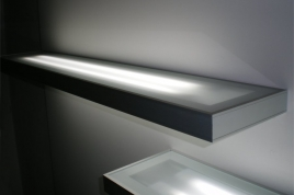 Silver Illuminated External Shelf with Plexi Top